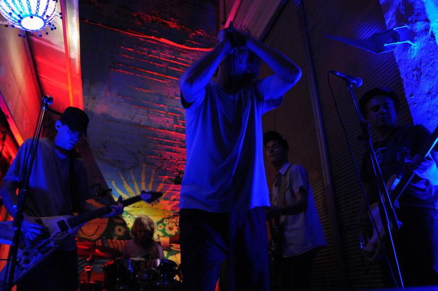 Dinos-Sadikis-live-band-II-net